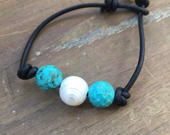 Pearl and turquoise leather bracelet - boho bracelet - layering bracelet - beach jewelry - birthstone bracelet - gift under 25