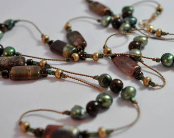 Beaded Knotted Thread Necklace