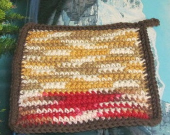 UHP 031 Hand crochet dbl thick cotton upcycle hot pad 7.5 by 7.5