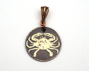Small crab pendant, round etched crustacean, Zodiac Cancer jewelry, 22mm