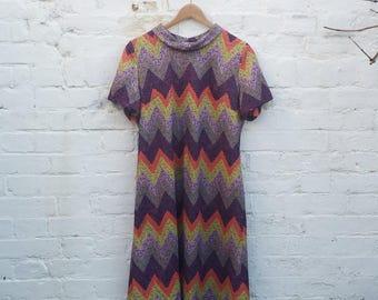 60s Zig Zag Dress with Roll collar