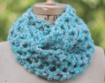 circle scarf Infinity scarf, chunky crochet cowl,