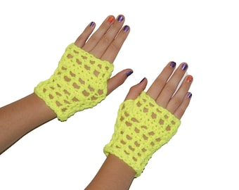 Crochet Wristwarmers, Kids Mittens, Gloves Texting, Yellow Gloves, Kids Gloves, Girls Mitts, Neon Yellow Mitts, Kids Fingerless Gloves