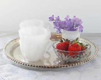 Hazel Atlas White Milk Glass Punch Bowl Cups, Set of 4, Weddings, Tea Parties, Tea Cups, Bridesmaid Luncheon, Coffee Cups, Tea Cups