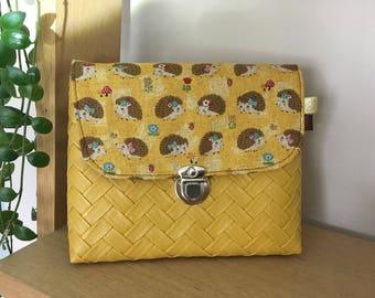 Hedgehogs print cosmetic case