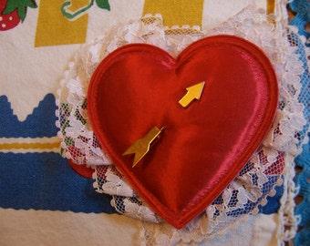 goldtone love arrow stick pin