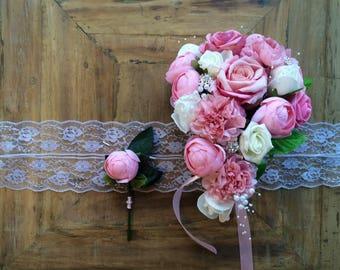 Blushing Brides fountain bouquet