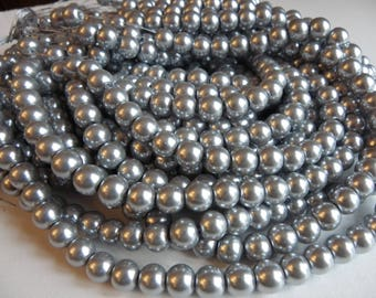 50 beautiful 10 mm silver glass pearl beads