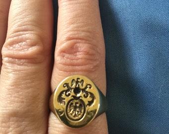 Vintage 14k Crest Ring