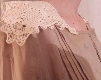 Beige embroidered cotton tunic