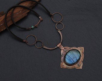 Rustic copper necklace with labradorite: Hand forged statement necklace. Magic stone, labradorite necklace crystal jewelry