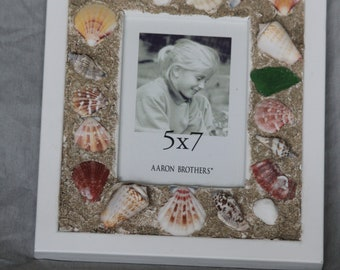 1 Seashell picture frame