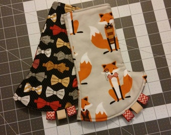 Baby carrier corner drool pads Tula Foxy reversible