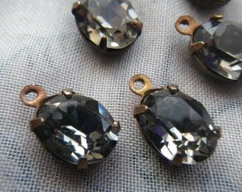 Black Diamond 10x8mm Foiled Oval Glass Brass Ox Drops 6 Pcs