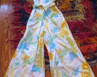 Outrageous 60s Mod Cotton Floral Beach Pajamas