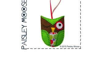 Winking Owl Felt Ornament Pattern