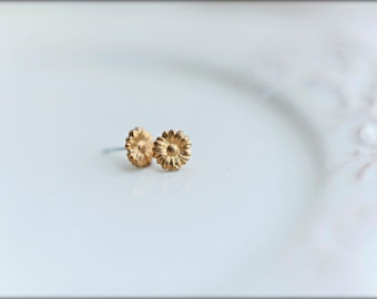 Daisy Earring Studs, Available in Raw Brass or Silver Plated Brass, Stainless Steel Posts