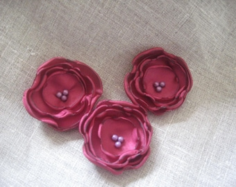 Flower 5 cm purple raspberry/Burgundy satin and pearls