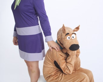 Daphne Blake Costume, Ladies Custom Costumes, Scooby Doo Costumes, Family Group Costume Ideas, Daphne Cosplay, Custom costumes for adults