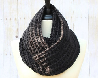 Black Infinity Scarf, Chunky Infinity Scarf, Black Loop Scarf, Black Scarf, Chunky Crochet Scarf, Black Women's Scarf, THE HENSLEY