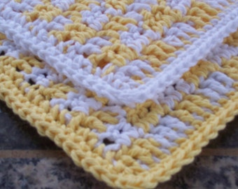 Two Crochet Cotton Dishcloths, Yellow Gingham Dishrags, Square Dishcloths, Kitchen Dishrag, Small Dishcloths, Cottage Chic Kitchen