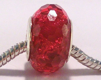 2 European red acrylic bead glitter faceted (107 (A)