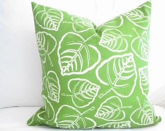 outdoor pillows, palm leaf pillow, jungle pillow, green white pillow, 18 x 18 pillow, pillow cover, pool pillow, tropical pillow, home decor