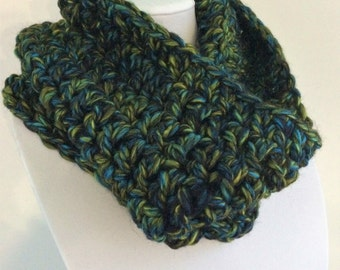 Green Crochet Cowl, Multicolour Crochet Cowl, Chunky Crochet Cowl, Chunky Winter Cowl, Warm Winter Cowl, Multicolour Cowl, Wool Winter Cowl