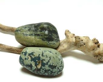 Slag Glass Rocks Sea Rocks SPECKLED Leland Beach Stones Pebbles Art Zen Jewelry Tumbled Glass Rocks Large Lapidary
