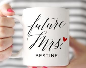 Future Mrs Mugs, Wedding Gift, Personalized Wedding Mugs, Engagement Gift, Engaged Mug, Bride Gift, Floral Wedding Mug, Proposal Present