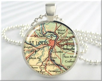 St Louis Map Pendant Resin Charm St Louis Missouri Necklace Picture Jewelry Round Silver Gift Under 20 (506RS)