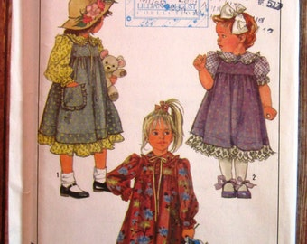 Little Girls Dress with Sleeve Length Variations and Jumper Size 4 Vintage 1980s Simplicity Pattern 8768 UNCUT