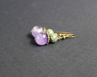 Natural green stone earrings Amethyst natural stone earrings Purple green stone earrings Serpentine gemstone jewelry Lilac amethyst jewelry