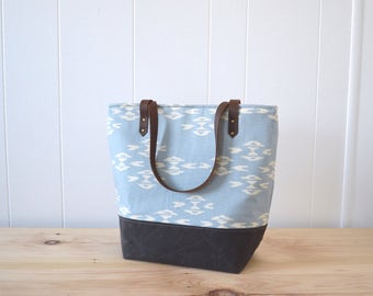 Large Tote Bag in Overshot Canvas, Valentines gift, Bag with Waxed Canvas bottom