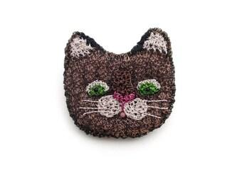 Tabby cat face brooch - cat pin, cat jewelry, animal brooch