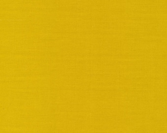 Cirrus Solids Sprout Organic Cotton Quilting Fabric Yellow Green Broadcloth Cloud9