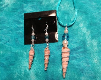 Seashell necklace and earrings