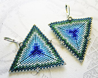 Earrings woven triangle pattern in shades of Blues and Greens.