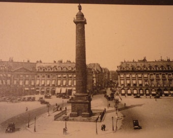 Vintage Postcard of Paris - Place Vendome - Early 20th century original - JVoyage - Mint - Never Posted
