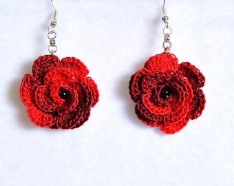 Pendant earrings with crochet Rose