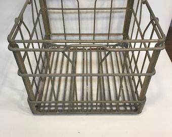 Metal Milk Crate, Whiting Milk   5 68