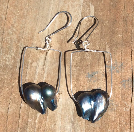 Irregular Hearts... Blue Blister Pearl Earrings