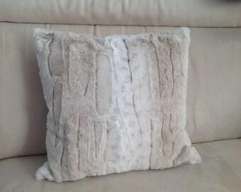 fur faux fur, pink, blue cushions