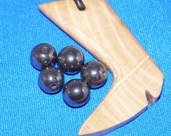 1 Pearl hematite 8 mm diameter