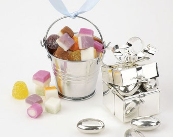 Mini Pail Wedding Favours in Silver or White - Pack of 12