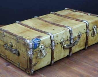 Parchment R2223 cabin trunk