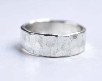 Hammered Men's Ring Silver - Rustic Wedding Band - Groom Ring Silver - Man Silver Textured Ring - Minimalistic Ring - Personalized Ring Man