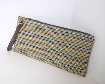 Large Locking Zipper Wristlet Clutch Bag (eco-friendly)