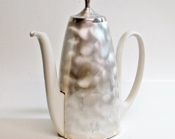 Insulated Tea Pot / Coffee Pot / Pitcher / Silver Plated / Serving Dining