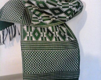 Green and white embroidered scarf/shawl